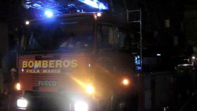 Se quemaron un camión y un carribar en incendio en Las Playas
