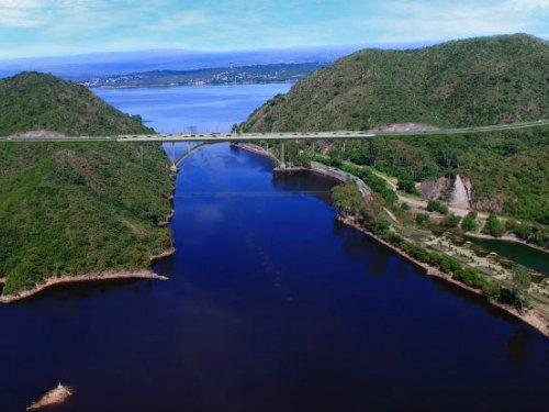 La Provincia hará un puente sobre el lago San Roque