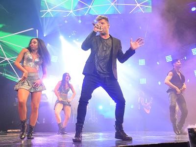 Ricky Martin, desbordante en el Festival de Peñas de Villa María