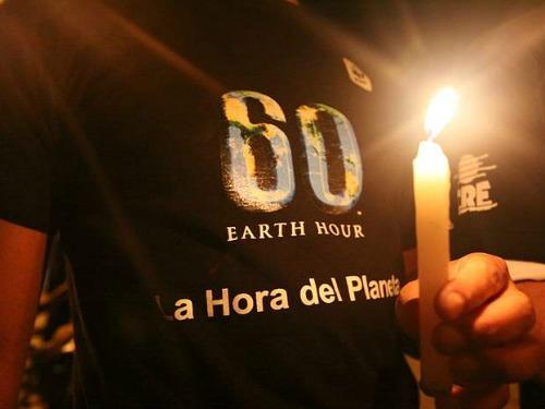 Una hora con la luz apagada para ayudar al planeta