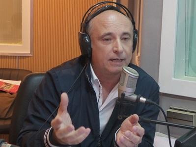 """Accastello: """"Hacer radio es un desafío que me gustaría"""""""