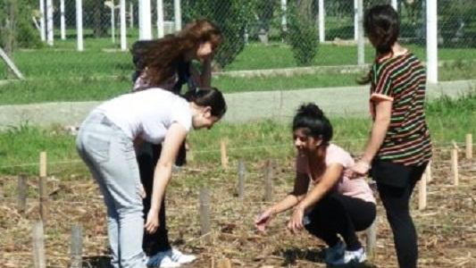 Estudiantes del Funesil vuelven con muestra de vegetales y animales