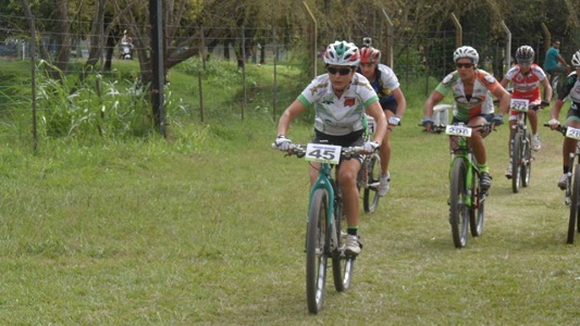 60 km de pedaleada entre James Craik, Oliva y Colazo