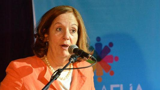 Alejandra Vigo participa de un evento de mujeres en la ciudad