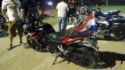 Los motoqueros hicieron suyo el Parque de Villa Nueva