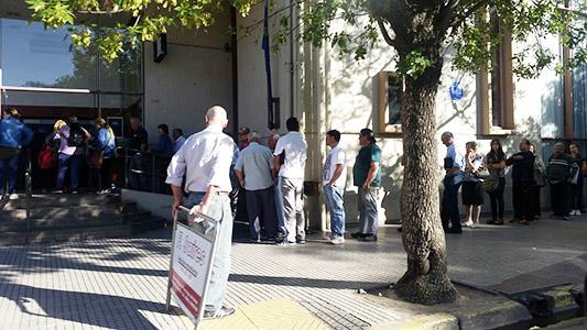 Córdoba digitalizó la presentación de certificados en los trámites