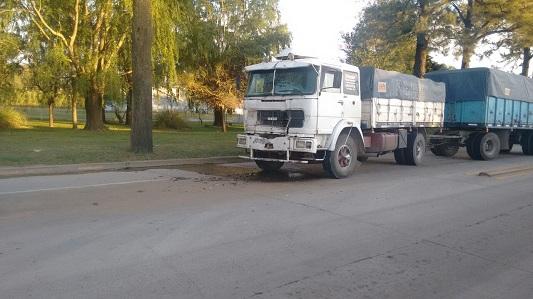 choque-camion-arroyo-cabral-1