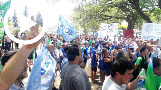 """Protesta contra el gobierno: """"Nos van sometiendo a todos de a poquito"""""""