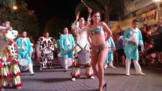 carnaval-villa-nueva-peatonal-carlos-paz