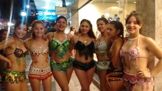 chicas-carnaval-villa-nueva-carlos-paz