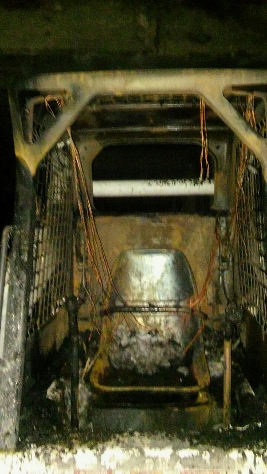 incendio pala mecanica fuego bomberos 2