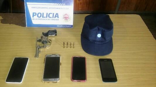 Recuperan casi 100 prendas y celulares robados en boliche