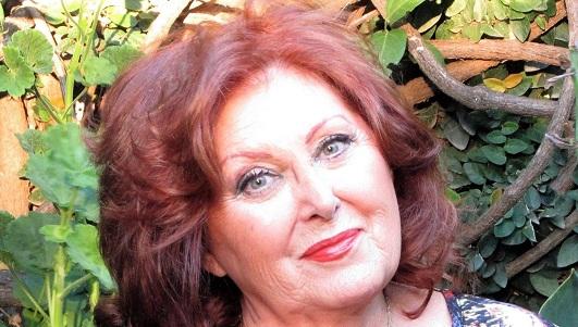 La escritora Cristina Loza llega a la ciudad por el Día de la Mujer