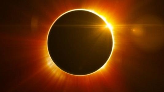 Eclipse EN VIVO: Mirá cómo seguir el fenómeno único esta tarde