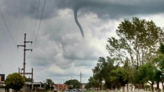 Susto en el cielo de Pozo del Molle: pensaron que llegaba un tornado