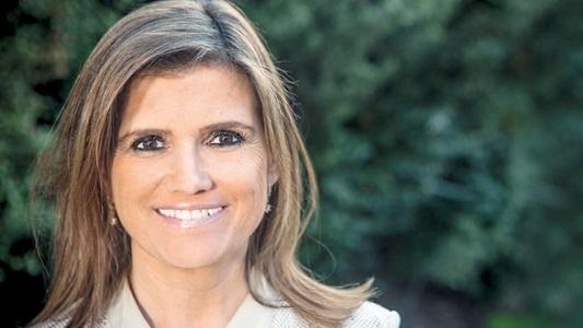 "Pilar Sordo llega a Mundo Rojo presentando ""El desafío a ser felíz"""