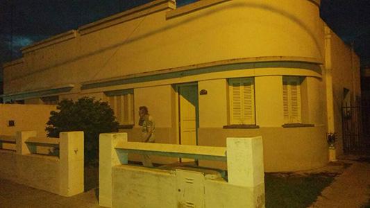 casa esquina noche robo