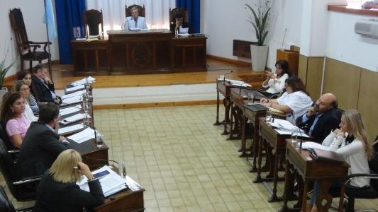 Polémica en el Concejo por modificaciones al escudo oficial