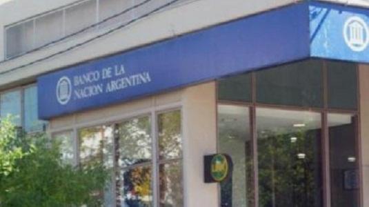 Sin plata: bloquearon las cuentas bancarias de los trabajadores despedidos de la fábrica