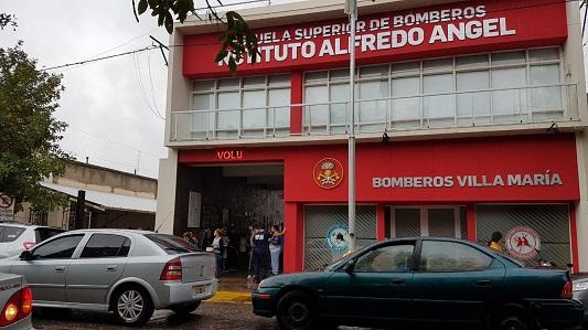 """Bomberos preocupados por recorte """"ilegal"""" en el presupuesto de Nación"""