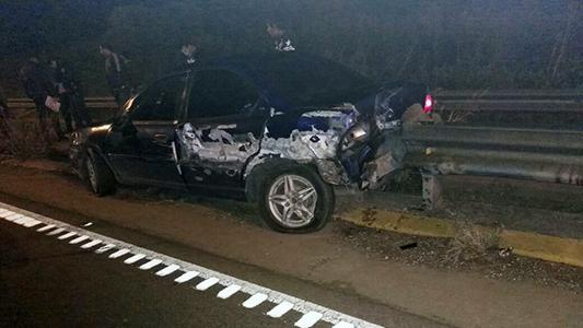 Cuádruple choque en ruta 158 dejó un auto destruido y 2 chicos heridos
