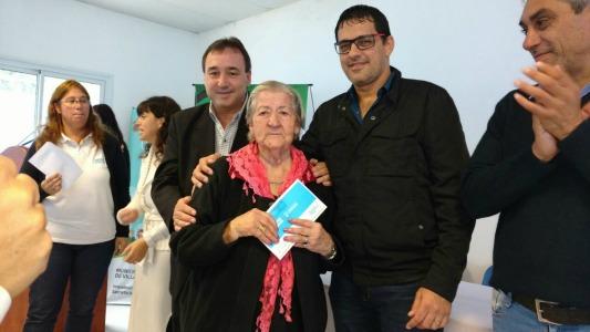 Ayuda provincial a Villa Nueva: Vida Digna, tarjeta social y obras