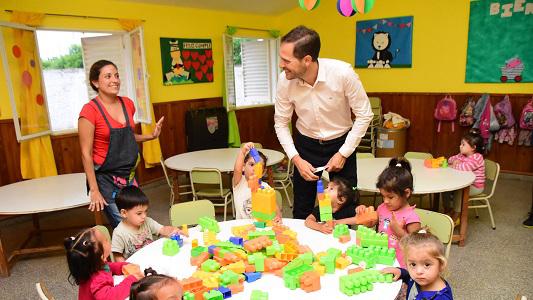 Abren 11 nuevas salas municipales para chicos de hasta 3 años