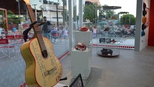 Objetos de la edición dorada del Festival se suman al Museo del Anfi