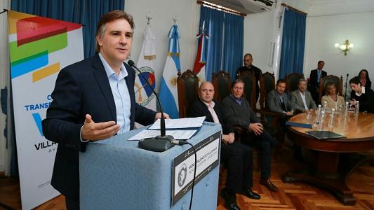 Llaryora dijo que no está definida su candidatura a diputado