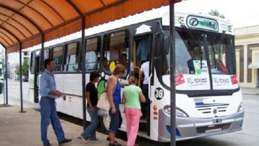 Beneficiarios de la tarjeta social podrán viajar gratis en colectivo
