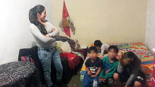 Tiene 5 hijos, perdió todo en un incendio y necesita ayuda