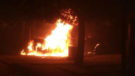 Incendio de un automóvil y accidentes en la ciudad y la región