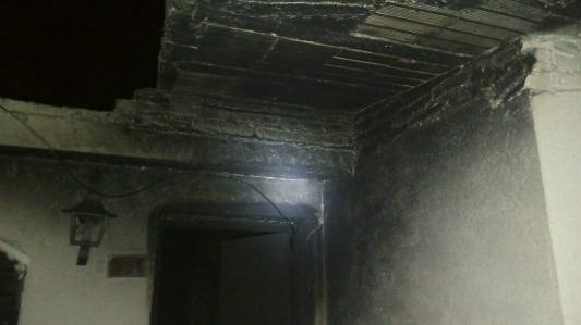 Incendio en una vivienda de barrio San Juan Bautista