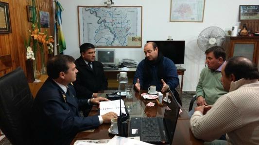 Reunión entre intendentes y policía por la seguridad de los pueblos