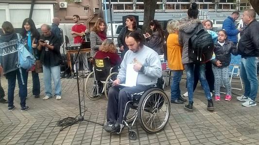 Radio abierta para rechazar la quita de pensiones por discapacidad