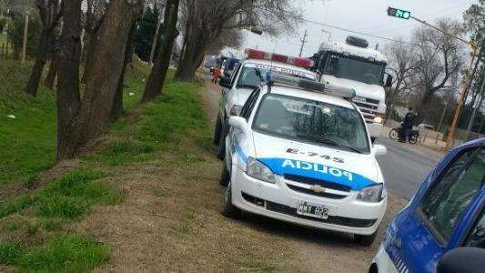 Villa Nueva: accidente entre una moto y un camión sobre ruta 2