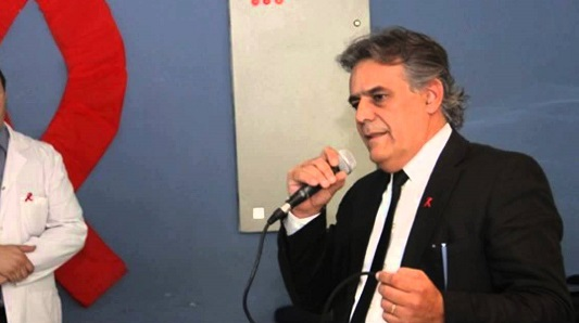 El jefe del programa contra el Sida vendrá como director del Pasteur