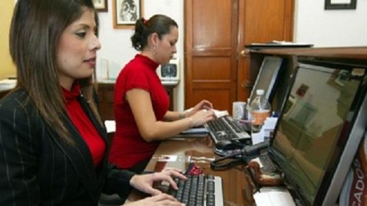 Abren inscripciones para que mujeres tengan prácticas laborales