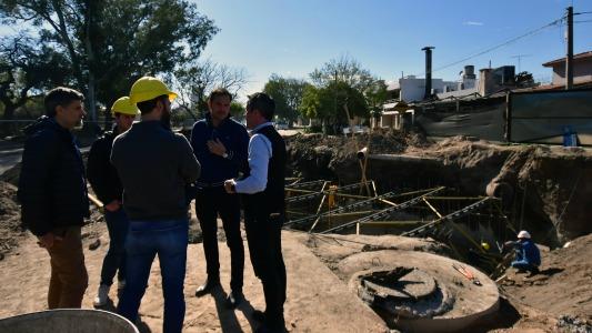 Proyectan ampliar la obra de desagües a dos barrios más
