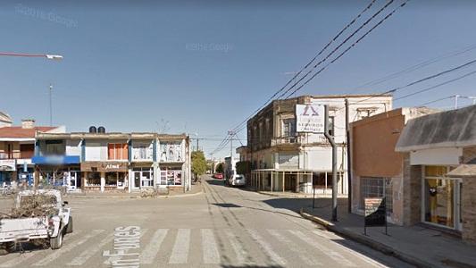 Un choque entre auto y moto a la hora del té en Villa Nueva