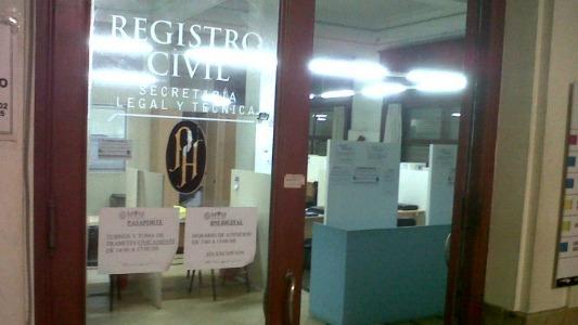 Por entregas de DNI el registro civil abre el fin de semana