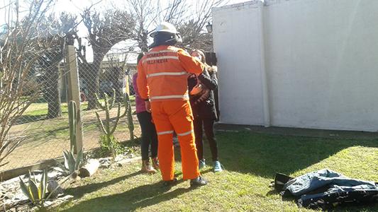 bomberos villa nueva rescate gato (3)