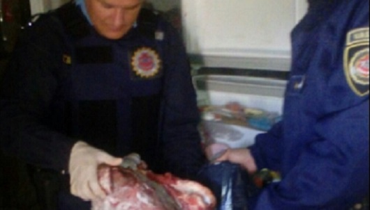 Trozaron una vaca y se la llevaron a su casa: 2 detenidos en Ticino y Palestina