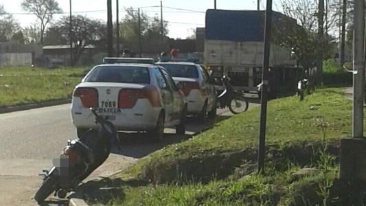 accidente camion moto calle buenos aires e intendente reino
