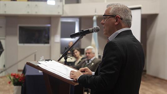 """El rector de la UNVM pidió """"informar con responsabilidad"""""""