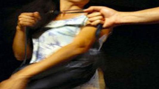 Abuela y nieta asaltadas por 4 jóvenes cuando iban al almacén