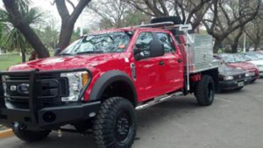 Nueva unidad de Bomberos para combatir incendios e inundaciones