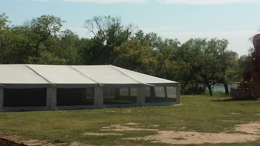 Preparativos festejos Villa Nueva parque (2)