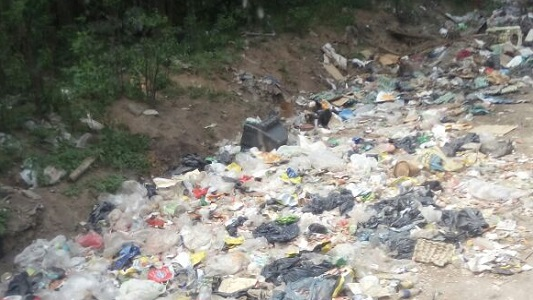 Villa Nueva: increíble basural en el camino de El Vallecito