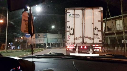 camion ruta pesada y sarmiento rotonda